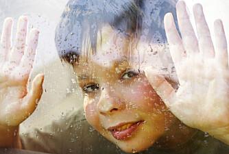 Sikre vinduer: Med barnesikring på vinduet, blir det trygt for hele familien.