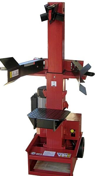 Vertikal: På de store vedkløyverne har du muligheten til å kløyve vertikalt.