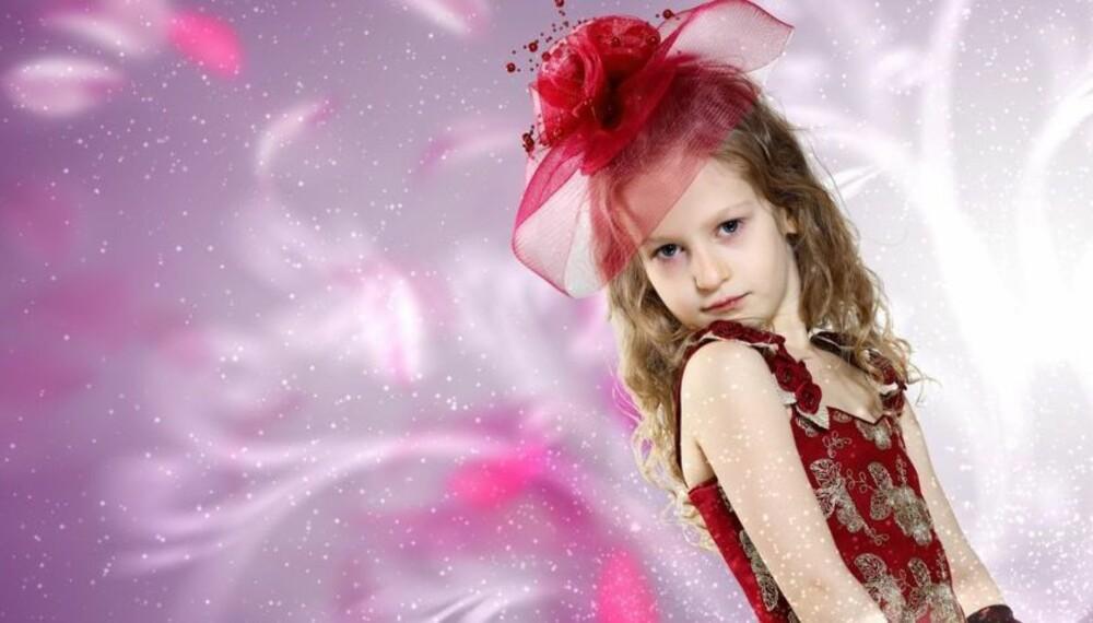 FRANSKE MANERER: Barn i Frankrike er ofte vant til strengere disiplin enn norske barn, og foreldrene kler dem nok oftere opp som små voksne enn vi gjør.