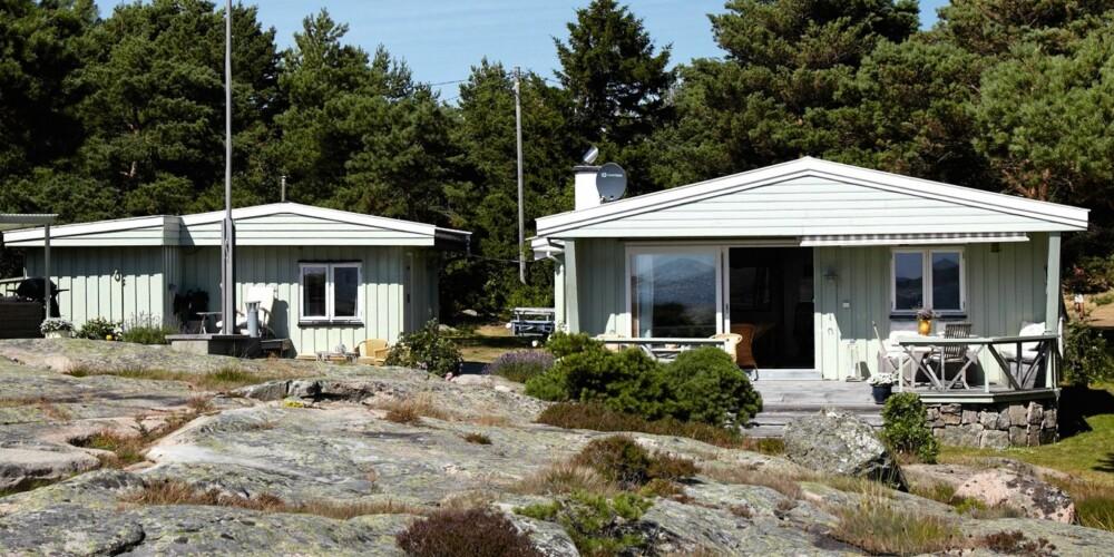 HYTTEMARKEDET VED SJØEN: Det var på Hvaler det ble solgt flest hytter ved sjøen i fjor og det var også her hyttene ble solgt raskest. Bildet viser en hytte på idylliske Kjerringholmen.