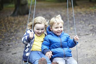GODT FORHOLD: Ekspertene har fem tips som gjør det lettere for barna dine å bli bestevenner resten av livet.