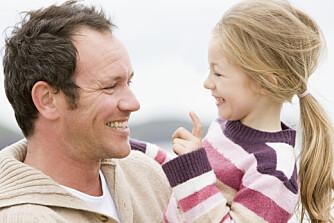 ALENETID MED PAPPA: Barn trenger å få foreldrenes fulle oppmerksomhet av og til, uten at de må dele den med søsken, mener ekspertene.