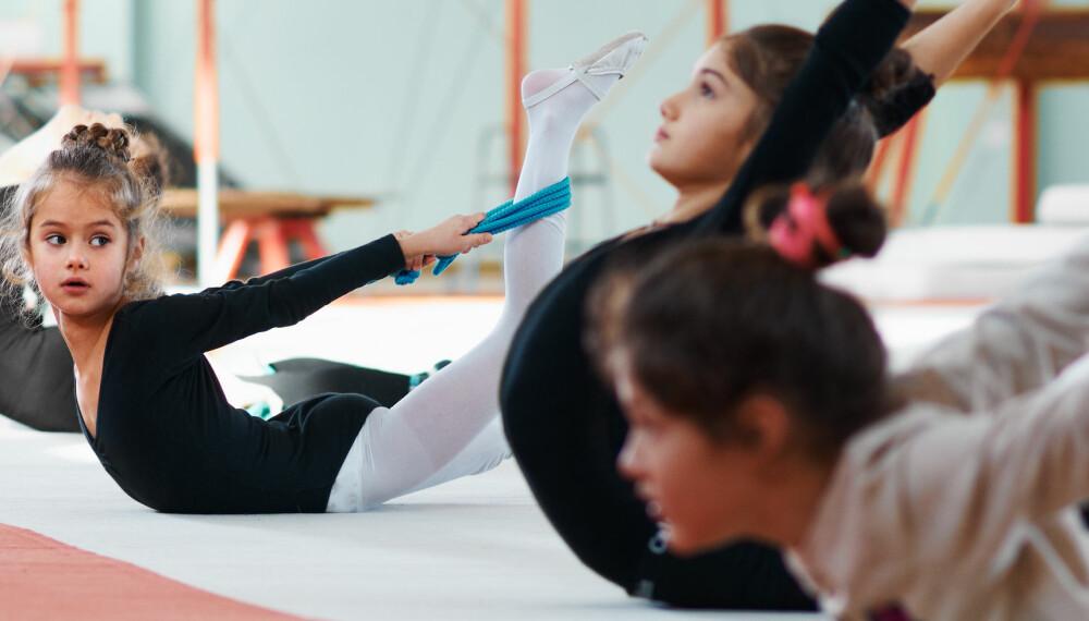 ORGANISERT IDRETT: Gym og turn er den mest populære organiserte idretten blant norske barn. Er det en bra ting at barnas fritid fylles med organisert idrett? Hvor blir det av den frie leken?