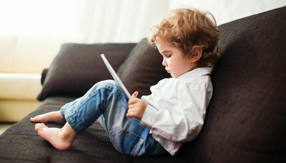 VENN ELLER FIENDE? De fleste barn synes Ipad er morsomt å bruke, men når blir det for mye?