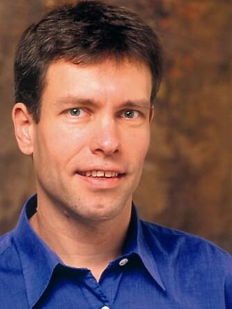 MENER ADOPTIVBARNSØKERE MÅ VENTE LENGE: Helge Solberg, teamkoordinator i Verdens Barn. FOTO: Verdens Barn