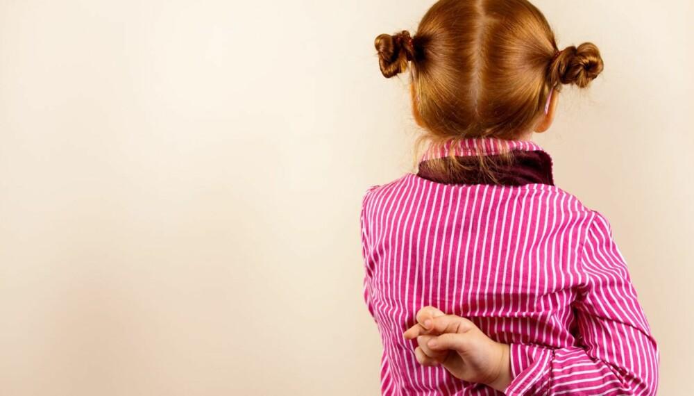 BARN SOM LYVER: Barn som lyver gjør det som regel fordi selvfølelsen deres ikke tåler en innrømmelse av at de har gjort noe feil. Foto: Foto: Thinkstock Foto: Foto: Thinkstock