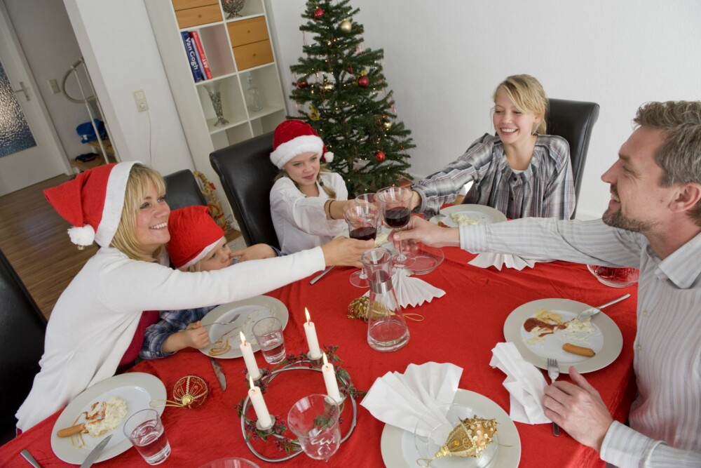 SKILSMISSEBARNET: Det beste for barnet er om dere har en god tone og klarer å feire jul sammen. Hvis ikke er det viktig å spare barnet for de vonde følelsene.