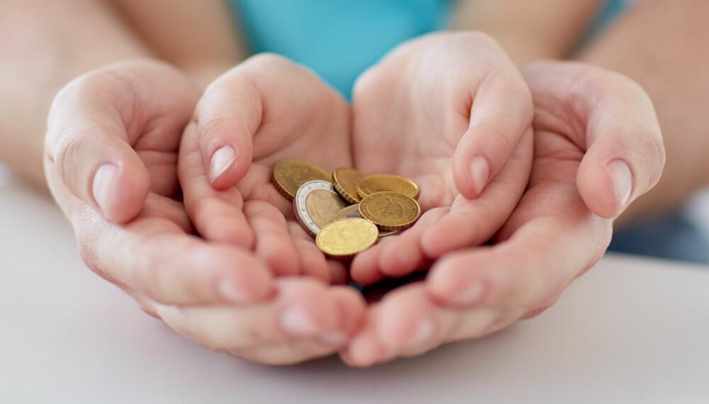 LÆR BARNA OM ØKONOMI: Dersom barn får alt de ønsker seg med én gang, lærer de ikke sammenhengen mellom det å tjene penger og å bruke dem, mener økonom Gunhild J. Ecklund.