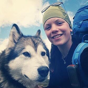 VILLMARKSJENTA: Maria Grøntjernet fra Hadeland gikk Norge på tvers alene da hun bare var 16 år, til tross for at hun er redd for både mørket, store dyr og å være alene.