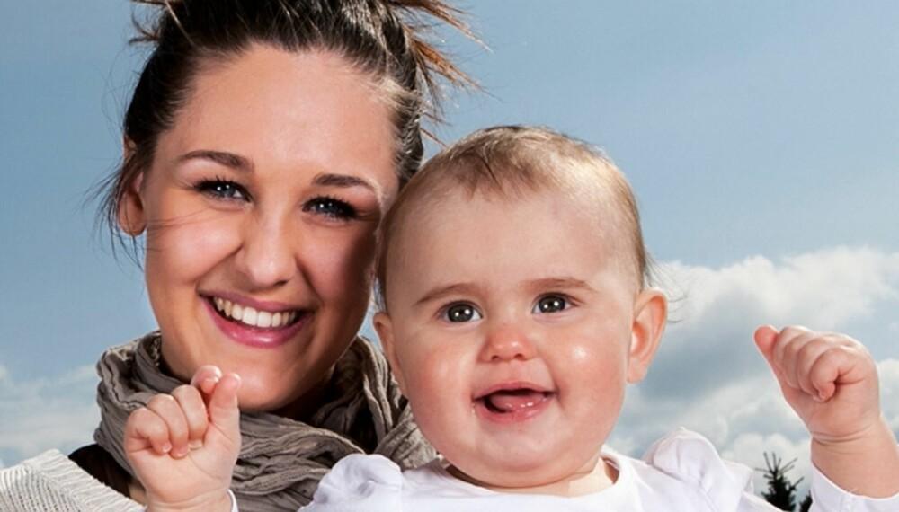 UNGDOM OG MAMMA: I høst kan du se Anna og Michelle i tv-programmet «Unge mødre» på FEM.