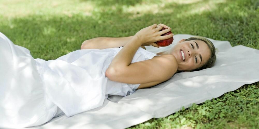 SLAPP AV: Ta livet med ro og unngå for mye stress. Det er nemlig ikke bra for fertiliteten.