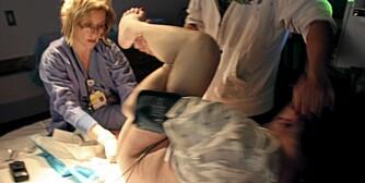 SPREKKER I ENDETARMEN:  Fire av hundre norske kvinner får alvorlige skader etter fødselen. Noen må operere i etterkant for å rette opp skadene.