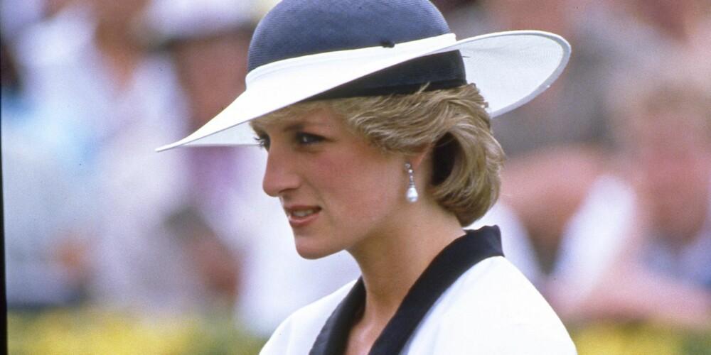 KALLES OPP ETTER MOREN? Kongeekspert Kjell Arne Totland, tror bestemt at den lille kommer til å få Diana som ett av navnene dersom det blir en jente.