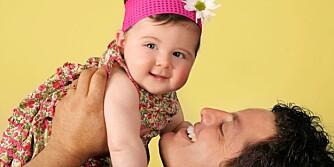SØTT TIL SNUPPA: Pappa velger gjerne tøffe guttenavn, men for små jenter syns han det passer bedre med et søtt og mykt navn.