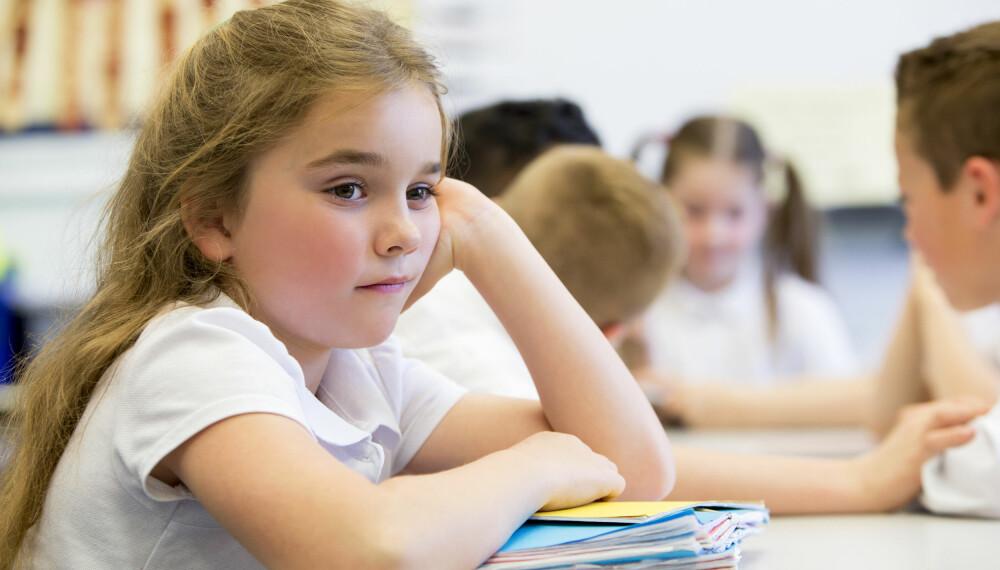 TRIVES IKKE: Det kan være mange grunner til at barn ikke trives på skolen. Skolebytte er ikke nødvendigvis en god løsning.