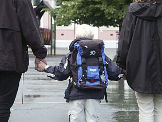 FØRSTE SKOLEDAG: Dersom du vil følge barnet ditt til sin aller første skoledag, bør du sjekke opp hvilke rettigheter du har i god tid før dagen.