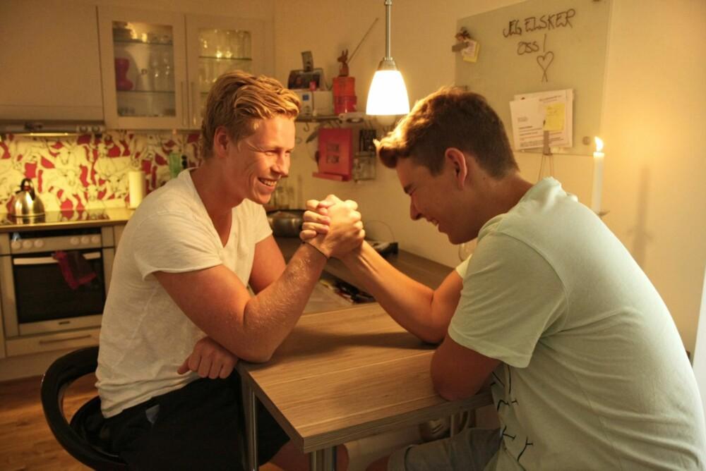 ENERGISKE BRØDRE: Magnus trodde lillebror Mats hadde mistet interessen for å være sammen med ham. Grunnen var en helt annen.