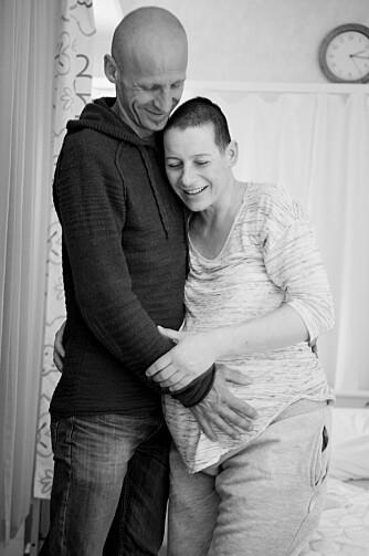 PÅ FØDEAVDELINGEN: Riene har tatt seg opp, så Terezija og Alan mente det var riktig å ta turen til sykehuset.