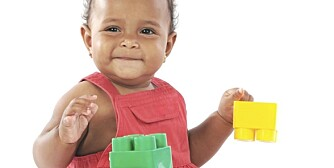 BABY 11 MÅNEDER: For det meste er alt moro, men det kan være på tide å lære barnet noe om hvor grensen går.