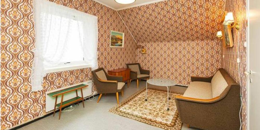 """URØRT: Selgeren av denne leiligheten sentralt i Bergen var en """"godt voksen"""" dame som ikke hadde bedrevet så mye oppussing de siste årene."""