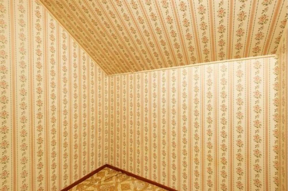 SOVEROMMET: Et lite avlukke ble benytter som soverom i den 33 m2 store leiligheten.