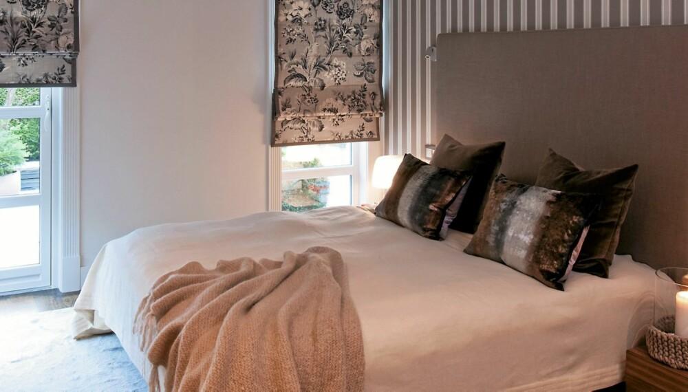 SOVEROM FOR BEHAG. Soverommet er utstyrt med med styring av liftgardiner og lys fra sengen. Det har dempede farger og myke tepper. Her får du tips for behagelige opplevelser.