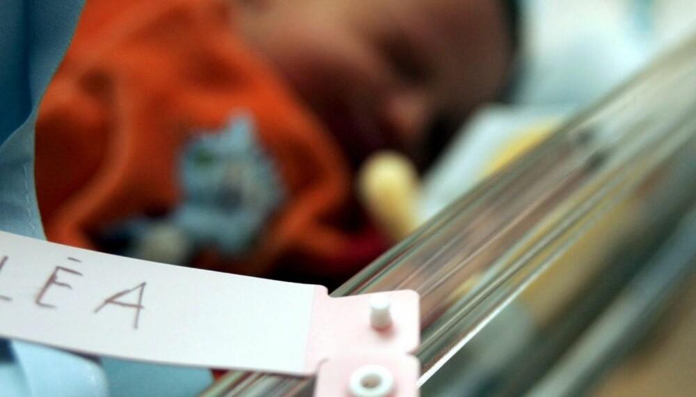 KORT NAVN: Akkurat nå er det trendy å gi babyen et kort og enkelt navn.