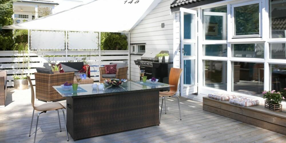 BESKYTTENDE SEIL: Seilduk er benyttet både som solavskjerming og rekkverk. Prosjektet er ved interiøarkitekt Beba Vaxevanidou-Holøyen