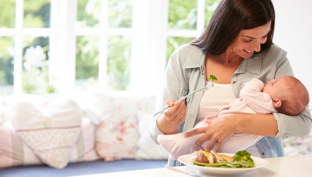 AMMING OG MAT: Som ammende kan du spise det meste, bare du gjør det med måte.