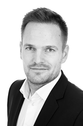 STUDER BOLIGANNONSEN NØYE: - Da slipper du å kaste bort tid på å dra på visning på boliger som ved nærmere ettersyn ikke er aktuelle likevel, sier Lars Erik Lindgreen, eiendomsmegler og daglig leder ved Aktiv Majorstuen.