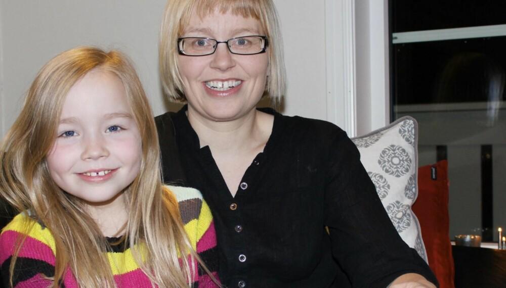 FIKK SLAG: Datteren Stine var redningen da Birgit Lorentzen lå hjelpeløs på gulvet etter å ha fått slag.