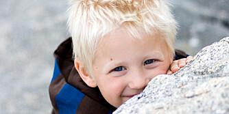 FIKK HJELP: For Kevin og mamma Gry-Hege har veien mot rolige netter vært både lang og vanskelig. Men nå har gutten fått hjelp av søvnhormonet melatonin.