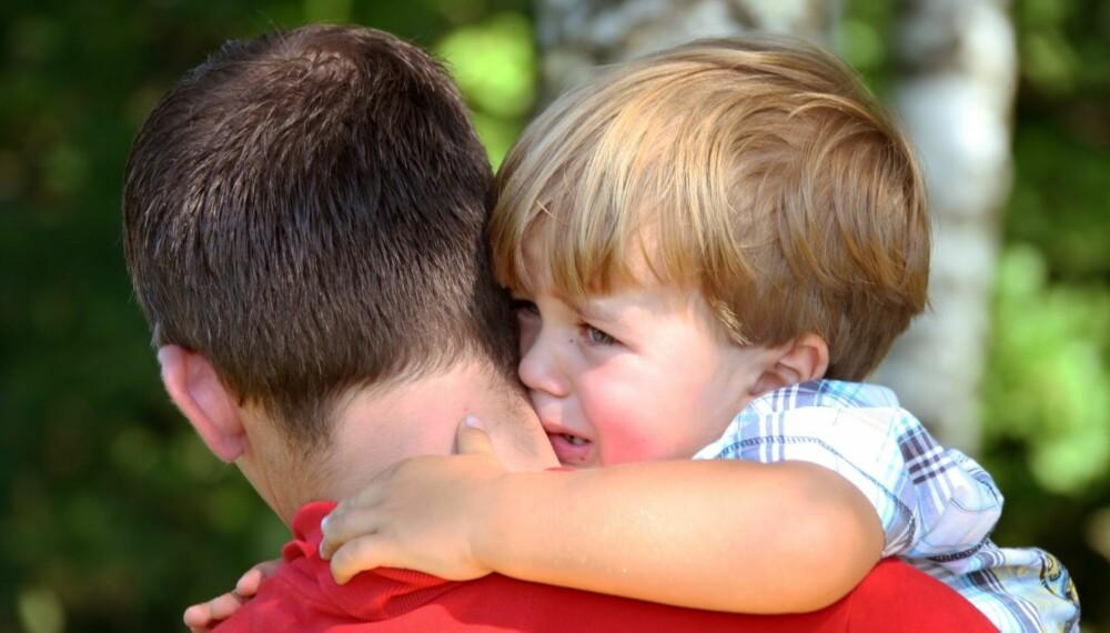 BARNEHAGESTART: Noen barn sier ha det og smiler fra første dag, mens andre gråter i to uker. Men det finnes råd.