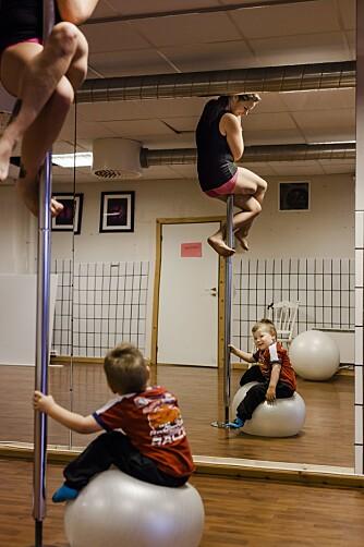 ENESTE: Studioet Poledancekurs er Trondheims eneste i sitt slag, og foreløpig det eneste i landet med mor og barn-timer.