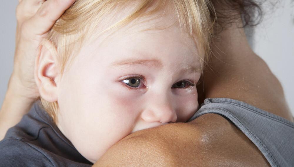 SYKE BARN PÅ FERIE: Ikke noe gøy, men det kan skje. Finn ut hva du bør gjøre om barnet ditt blir sykt i på sommerferie.