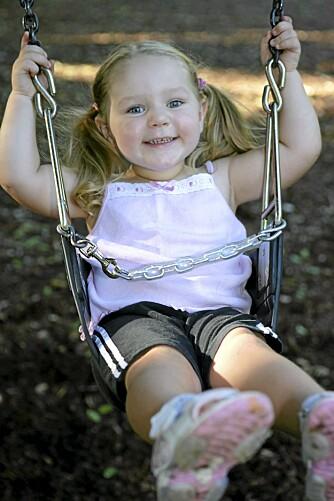 AKTIVITET: Å komme seg ut og få barnet i aktivitet er en effektiv metode mot småbarnsfedme.