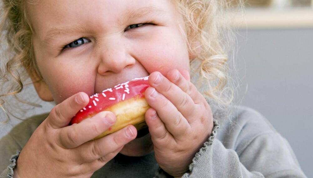 OVERVEKTIGE BARN: Myndighetene frykter at hvert fjerde norske barn vil være overvektig om 15 år. De mener vi står overfor en fedmeepidemi.