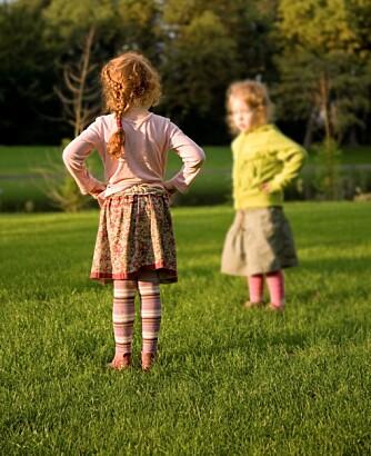 STORE BARN: Sjalusi blant eldre søsken kan oppstå om foreldrene behandler barna ulikt, kanskje fordi det ene har en personlighet, en væremåte og ikke minst interesser som matcher foreldrenes egne preferanser bedre.