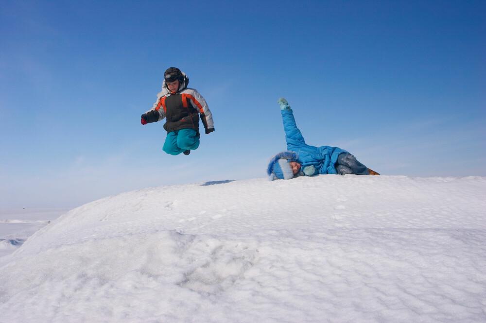 GOD START: Hva er målet med turen? Bestem dere for om dere skal på en kort skitur, gå til en fjelltopp eller bare være ute og leke.