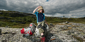 I SKOG OG MARK: Siri tar en pause på tur i eventyrskogen Trillemarka. FOTO: Mikkel Bølstad