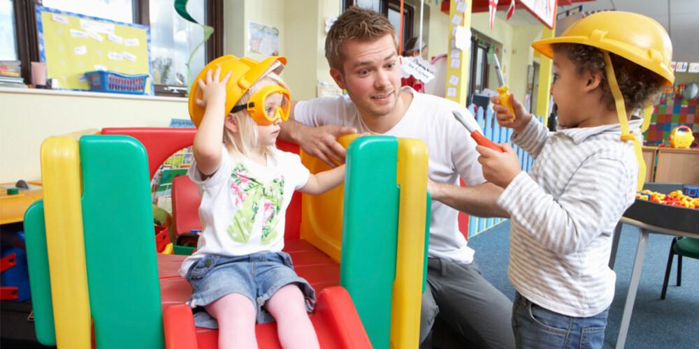 ARBEIDSUTPRØVING; Det er mange ting som påvirker barns oppfattelse av ulike yrker, blant annet personlighet, egenskaper, foreldre og skole.
