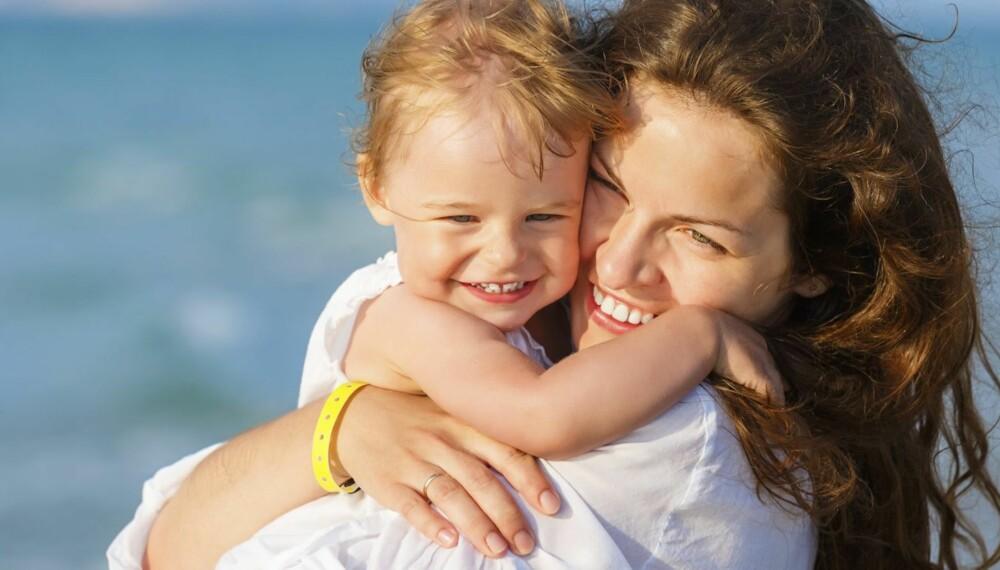 BARNS KJÆRLIGHET: Barn uttrykker kjærlighet på en rekke ulike måter du kanskje ikke har tenkt over tidligere.