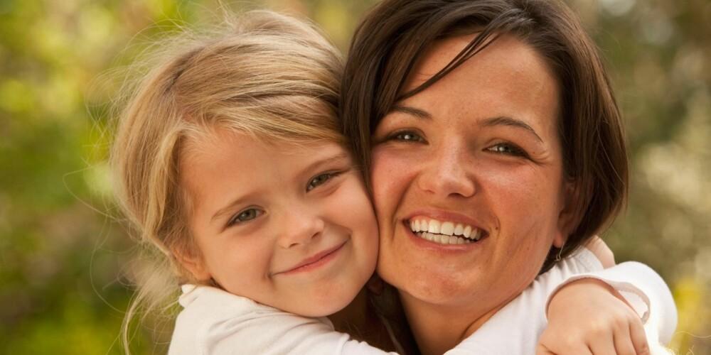 KVALITETSTID: Sett av regelmessig alenetid med hver av barna - dette fremmer barnest følelse av verdi og legger til rette for å bevare den nære relasjonen mellom dere.