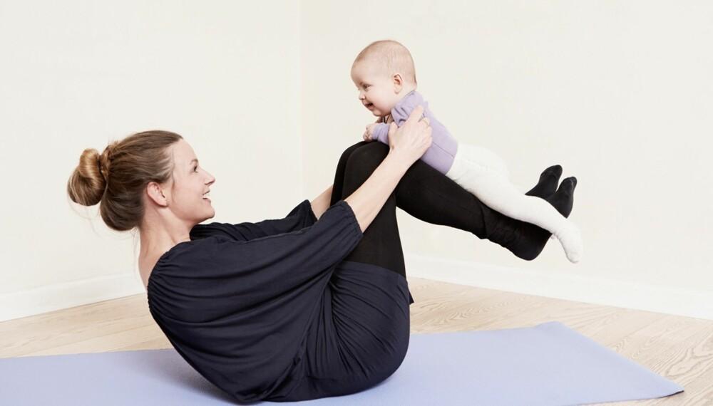 MAGETRENING ETTER FØDSELEN: Du behøver ikke å bekymre deg for at babyen skal syntes det er skummelt.