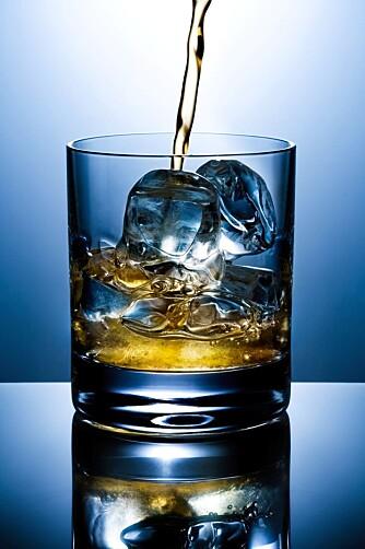 GODT OG GIFTIG: Urenheter i alkoholdrinker, såkalte kongener funker som gift og gir ubehag.
