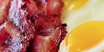 FARLIG: Mat med mye mettet fett kan øke kolesterolet med mindre du er overvektig og slanker deg.