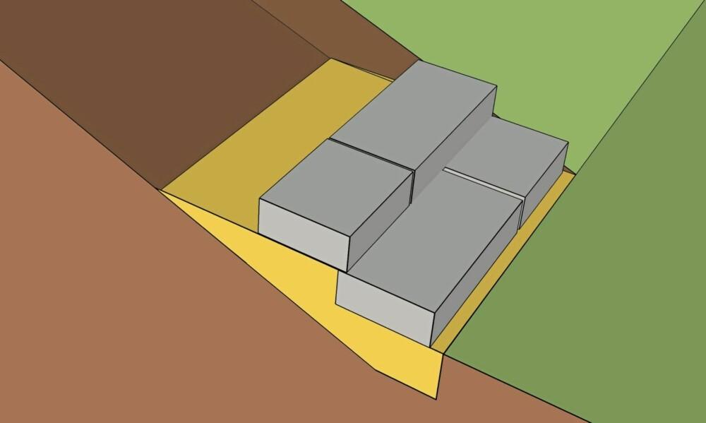NYTT TRINN: Fyll opp med sand og strø sement for hvert trinn. Må du bruke flere stein på hvert trinn må du passe på at skjøtene ikke blir liggende etter hverandre nedover trappen, men bytt på med korte og lange steiner. Da unngår du at massene blir vasket ut. Bruk rettholt og kontroller at trappenesene er på linje.