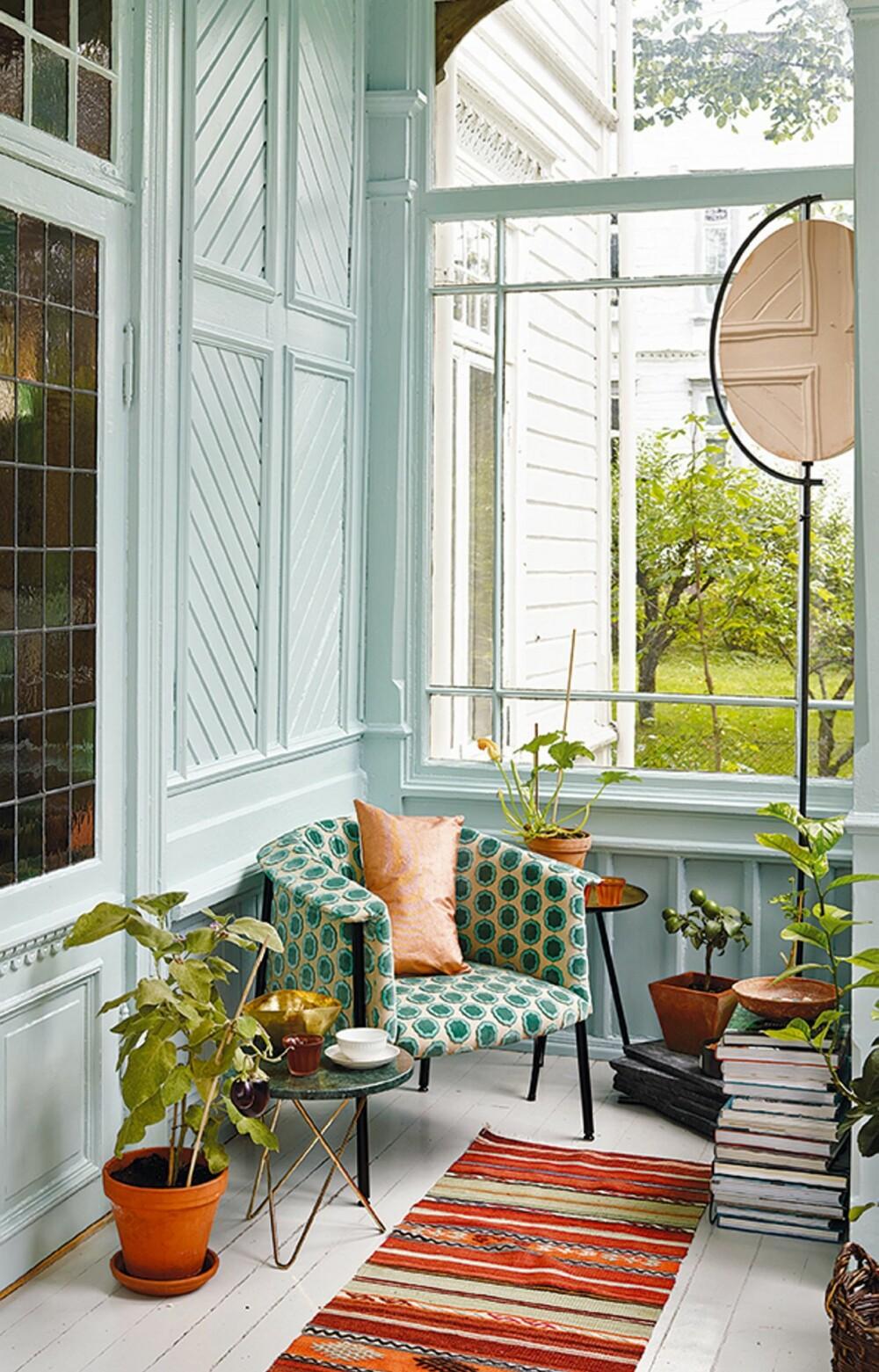 DUSE FARGER: Duse nyanser av blått eller blågrønt vil kunne øke verdien av boligen, mener kreativ leder i Fargerike, Dagny Thurmann-Hoelseth.