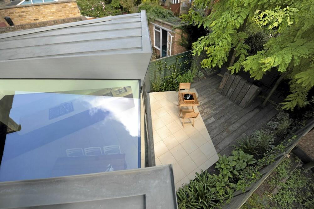 TAKVINDU: Vinduet i taket slipper inn godt med lys.