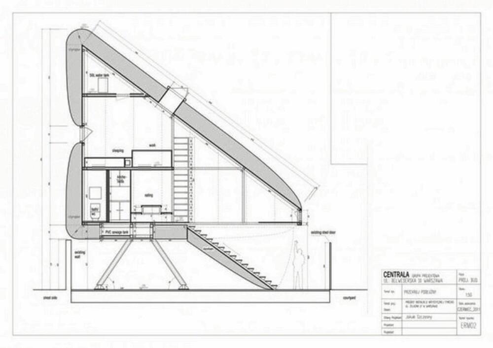 SMARTE LØSNINGER: Trappen er styrt av en fjernkontroll og skal kunne trekkes opp i huset når den ikke er i bruk.